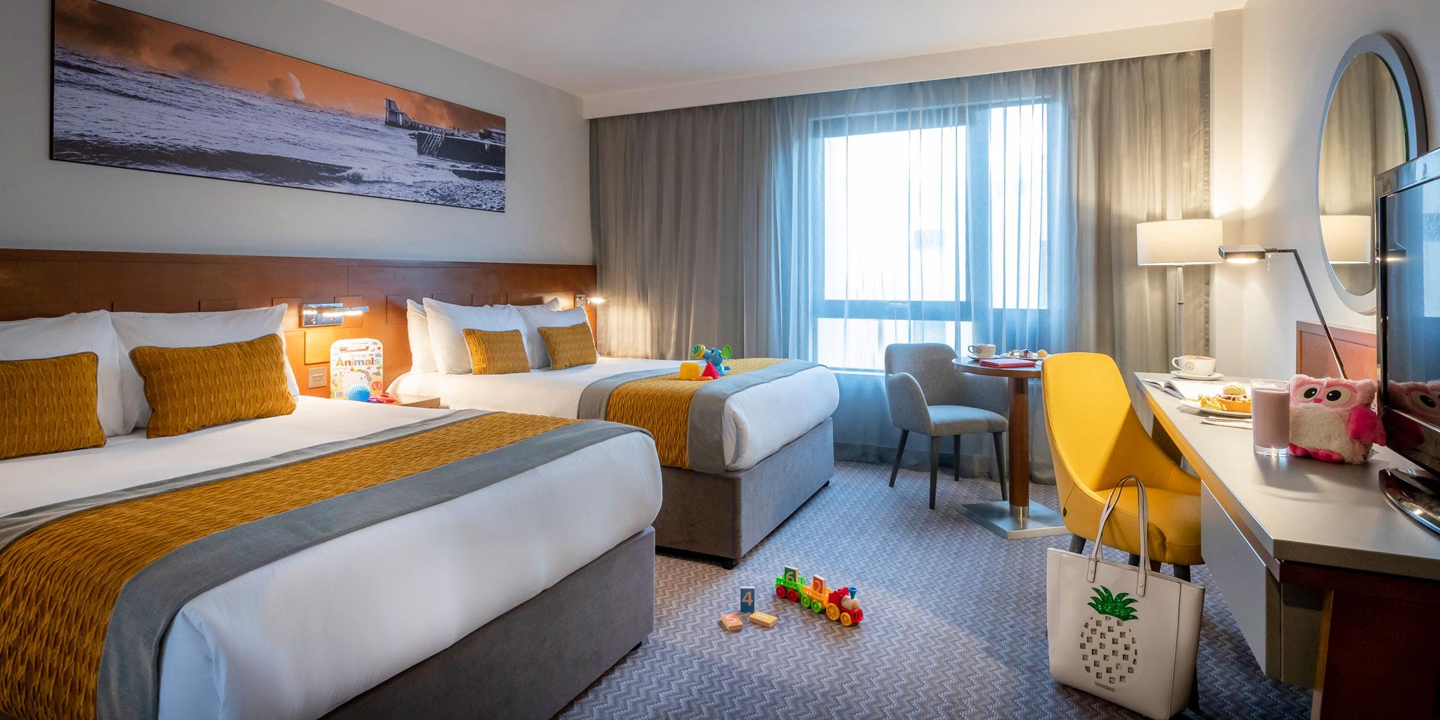 Family-Bedroom-Maldron-Hotels